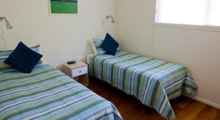 Bedroom Image of Paying Guest Accommodation Near Thane One Business Park Ynh in Thane West