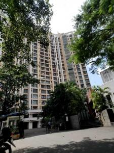 Gallery Cover Image of 1800 Sq.ft 3 BHK Apartment for rent in Malad East for 60000