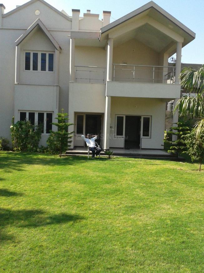 Building Image of 4000 Sq.ft 4 BHK Independent House for rent in Shilaj for 60000