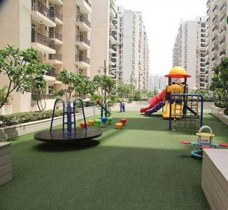 Gallery Cover Image of 1040 Sq.ft 2 BHK Apartment for rent in Gaursons Hi Tech 12th Avenue, Noida Extension for 9500