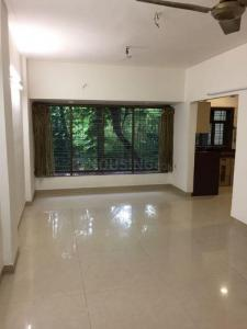 Gallery Cover Image of 1200 Sq.ft 3 BHK Apartment for rent in Juhu for 80000