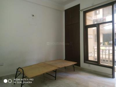 Gallery Cover Image of 1540 Sq.ft 3 BHK Apartment for rent in Paryavaran Complex, Said-Ul-Ajaib for 22000