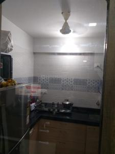 Gallery Cover Image of 325 Sq.ft 1 RK Apartment for buy in Dahisar East for 4850000