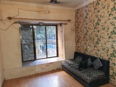 Gallery Cover Image of 585 Sq.ft 1 BHK Apartment for buy in Rustomjee Regal, Borivali West for 10500000
