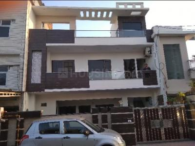 Gallery Cover Image of 264 Sq.ft 2 BHK Independent Floor for rent in Sector 19 for 4000