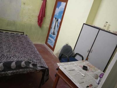 Bedroom Image of PG 4194637 Kalighat in Kalighat