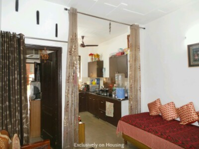 Gallery Cover Image of 900 Sq.ft 2 BHK Independent Floor for buy in Sector 49 for 4250000