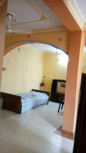 Gallery Cover Image of 1210 Sq.ft 2 BHK Independent Floor for rent in Joka for 11000