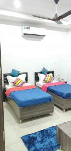 Bedroom Image of Apna Homes in Sector 48