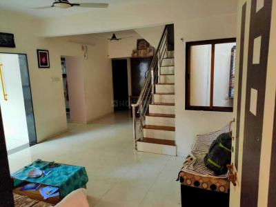 Gallery Cover Image of 1500 Sq.ft 4 BHK Apartment for rent in Paldi for 40000