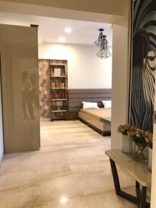 Gallery Cover Image of 1859 Sq.ft 3 BHK Apartment for rent in Chembur for 65000