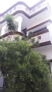 Gallery Cover Image of 1600 Sq.ft 3 BHK Independent House for buy in Gomti Nagar for 7000000