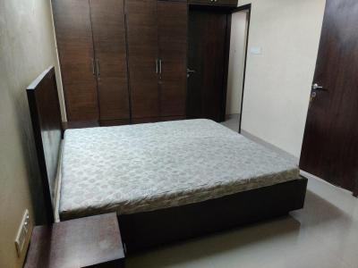 Gallery Cover Image of 550 Sq.ft 1 BHK Apartment for rent in Cumballa Hill for 80000