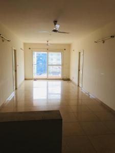 Gallery Cover Image of 1600 Sq.ft 3 BHK Apartment for rent in Hennur Main Road for 30000