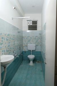 Bathroom Image of PG 5824793 Kovilambakkam in Kovilambakkam