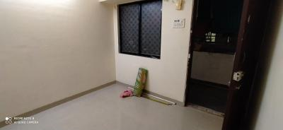 Gallery Cover Image of 380 Sq.ft 1 BHK Apartment for rent in Prabhadevi for 19000