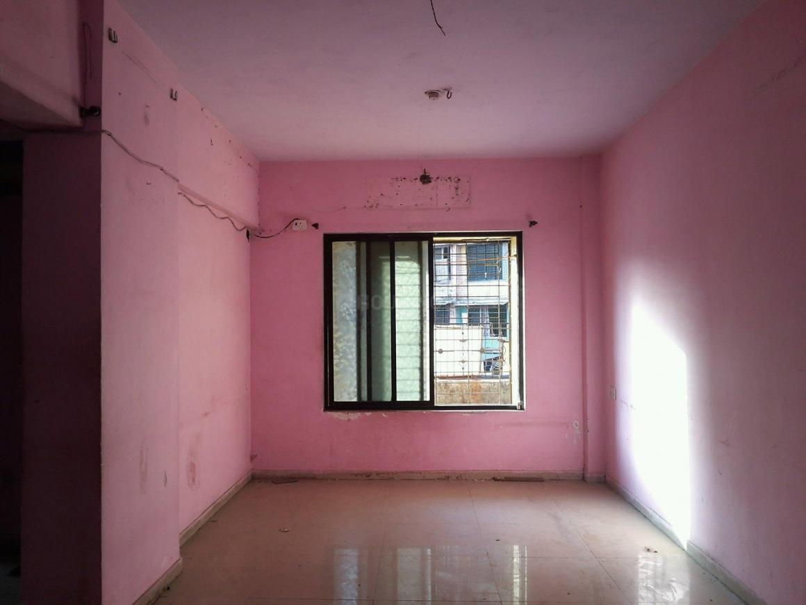 Living Room Image of 670 Sq.ft 1 BHK Apartment for rent in Mumbra for 9000