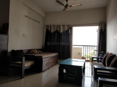Gallery Cover Image of 1207 Sq.ft 2 BHK Apartment for rent in Bhaggyam Lakeshore, Kovilambakkam for 20000