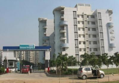 Gallery Cover Image of 1575 Sq.ft 3 BHK Apartment for rent in Sector 86 for 18000