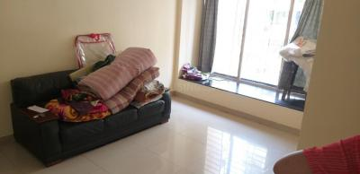 Gallery Cover Image of 605 Sq.ft 1 BHK Apartment for rent in Borivali East for 23000