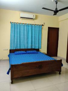 Gallery Cover Image of 1100 Sq.ft 2 BHK Apartment for rent in Ballygunge for 33000