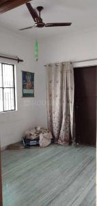 Gallery Cover Image of 800 Sq.ft 1 RK Independent Floor for rent in Sector 16 for 7000