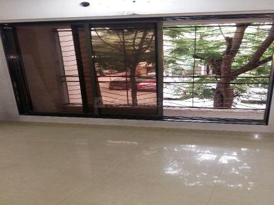 Gallery Cover Image of 970 Sq.ft 2 BHK Apartment for rent in Dahisar East for 24000
