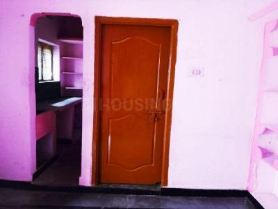 Gallery Cover Image of 400 Sq.ft 1 BHK Independent Floor for buy in Borabanda for 1500000