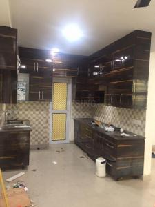 Gallery Cover Image of 1995 Sq.ft 4 BHK Apartment for rent in Gaursons Hi Tech 16th Park View Independent Floors, Yeida for 13000