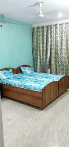 Bedroom Image of Boys & Girls PG in Sector 48