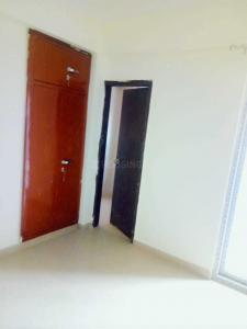 Gallery Cover Image of 1350 Sq.ft 3 BHK Apartment for rent in Sector 83 for 16000