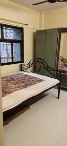 Gallery Cover Image of 450 Sq.ft 1 BHK Apartment for rent in Borivali West for 19000