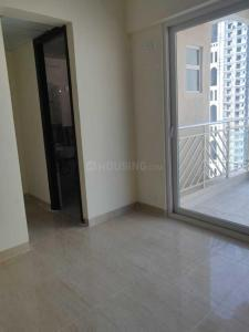 Gallery Cover Image of 1470 Sq.ft 3 BHK Apartment for rent in Express Zenith, Sector 77 for 26000