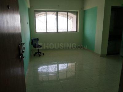 Gallery Cover Image of 810 Sq.ft 2 BHK Apartment for rent in Naigaon East for 8500