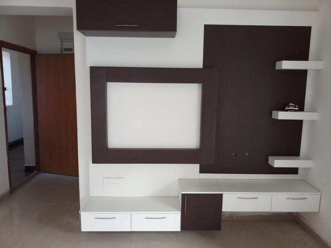 Living Room Image of 650 Sq.ft 1 BHK Apartment for rent in Iyyappanthangal for 16000