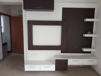 Gallery Cover Image of 650 Sq.ft 1 BHK Apartment for rent in Iyyappanthangal for 16000