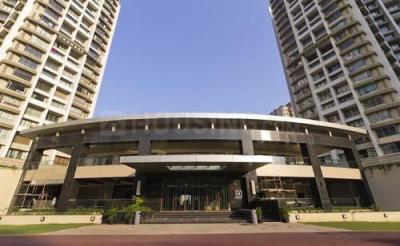 Gallery Cover Image of 1250 Sq.ft 2 BHK Apartment for rent in Parel for 85000