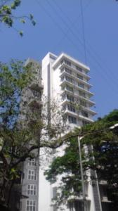 Gallery Cover Image of 1800 Sq.ft 3 BHK Apartment for rent in Juhu for 125000