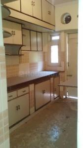 Gallery Cover Image of 1050 Sq.ft 2 BHK Apartment for rent in DDA Meera Apartment, Paschim Vihar for 18000