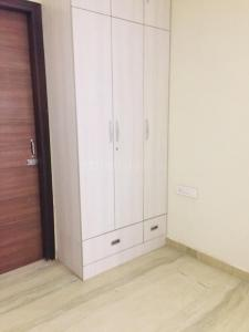 Gallery Cover Image of 1450 Sq.ft 3 BHK Apartment for rent in Sector 23 Dwarka for 36000