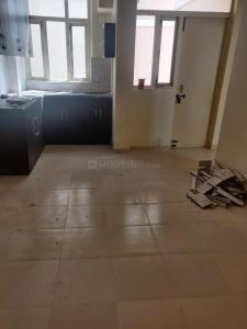 Gallery Cover Image of 700 Sq.ft 3 BHK Apartment for rent in Sector 82 for 11000