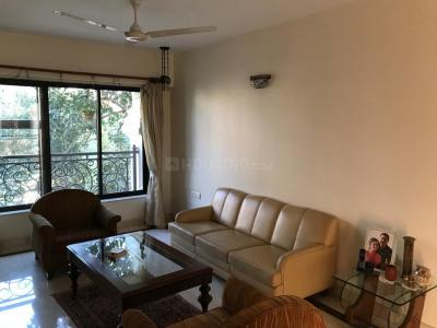 Gallery Cover Image of 1200 Sq.ft 3 BHK Apartment for rent in Khar West for 155000