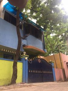 Gallery Cover Image of 2100 Sq.ft 4 BHK Independent House for buy in Saligramam for 12000000
