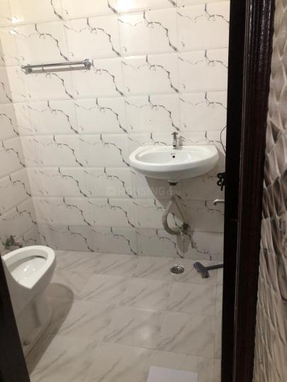 Bathroom Image of Khurana PG in Chhattarpur