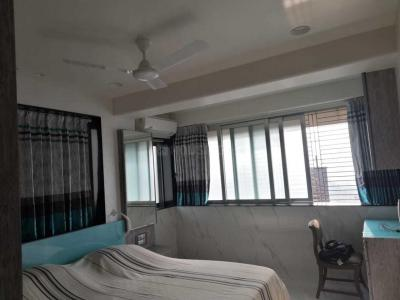 Gallery Cover Image of 610 Sq.ft 1 BHK Apartment for rent in Worli for 75000