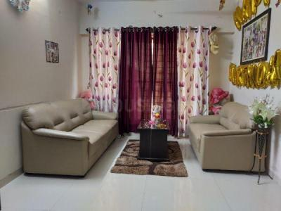 Gallery Cover Image of 625 Sq.ft 1 BHK Apartment for rent in Malad West for 30000