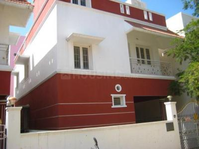 Gallery Cover Image of 1900 Sq.ft 4 BHK Independent House for rent in Perumbakkam for 18000