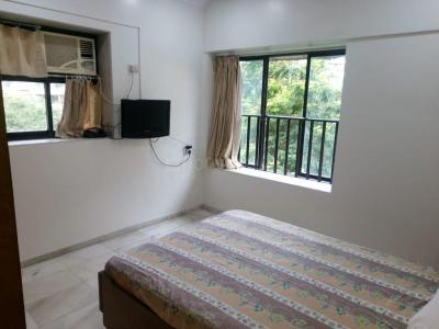 Gallery Cover Image of 1000 Sq.ft 2 BHK Apartment for rent in Santacruz West for 74000