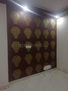 Gallery Cover Image of 500 Sq.ft 1 BHK Apartment for rent in Dwarka Mor for 7000