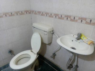 खिरकी एक्सटेंशन में पवन पीजी के बाथरूम की तस्वीर